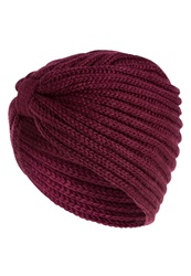 Only Adele Hat Windsor Wine Red
