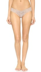 Hanky Panky Signature Lace Low Rise Thong Taupe