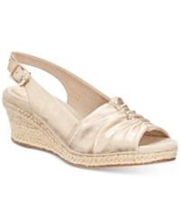 Easy Street Shoes Kindly Sandals Women's Gold Metallic