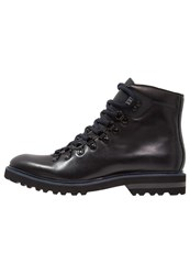 Kenneth Cole New York Click Ur Heels Laceup Boots Black