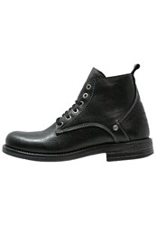 Wrangler Cliff Laceup Boots Black
