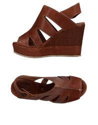 Keb Sandals Brown