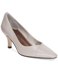 Bella Vita Wow Pumps Women's Shoes Light Taupe