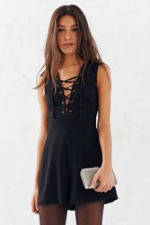 Silence And Noise Silence Noise Lace Up Sleeveless Romper Black