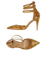 Stele Footwear Courts Women Beige