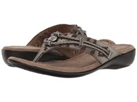 Minnetonka Silverthorne Thong Pewter Laser Print Leather Women's Sandals Gray