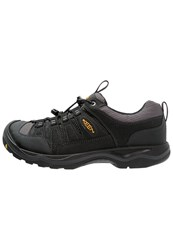 Keen Rialto Traveler Hiking Shoes Black