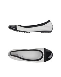 Love Footwear Ballet Flats Women