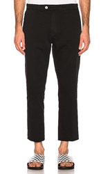 Rolla's Relaxo Cropped Pant In Black.