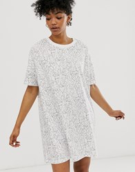 Monki Night Dress With Lady Print In White Multi