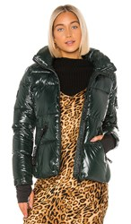 Sam. Freestyle Puffer Jacket In Green. Spruce