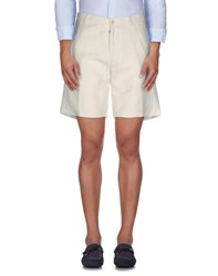 U Ni Ty Trousers Bermuda Shorts Men White
