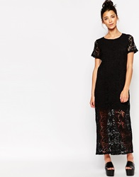 The Whitepepper Longline Lace Dress Black