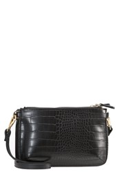 Wallis Carly Across Body Bag Black