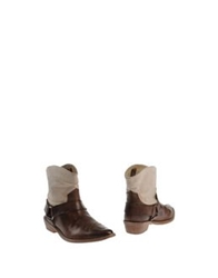 Mr. Wolf Ankle Boots Cocoa