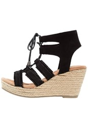 Minnetonka Leighton Wedge Sandals Black