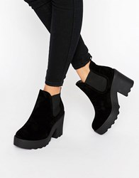 Truffle Collection Chunky Heel Chelsea Boot Black