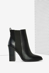 Nasty Gal Lipstik Shoes Marvelz Vegan Leather Boot