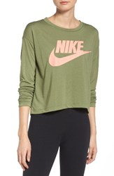 Nike Women's Sportswear Graphic Crop Tee