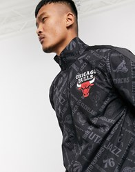 New Era Nba Chicago Bulls All Over Print Jacket In Black