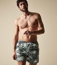 Reiss Hemmy Floral Swim Shorts In Mint
