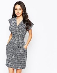 Closet Printed Dress With Wrap Front Whitenavy