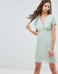 Darling Short Sleeve Lace Shift Dress Mint Green