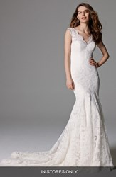 Women's Watters 'Somerset' Open Back Lace Mermaid Gown In Stores Only