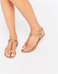 Daisy Street Gold Toe Post Flat Sandals Gold