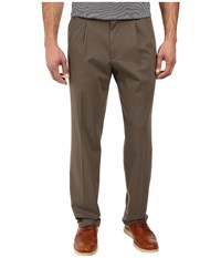Dockers Signature Khaki D3 Classic Fit Pleated Dark Pebble Stretch Men's Casual Pants Brown