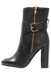 Faith Beatrice Boots Black