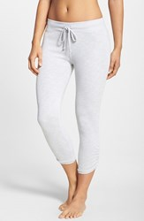 Women's Hard Tail Side Ruched Capris