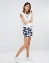 Vila Contrast Waist Aztec Shorts White And Navy