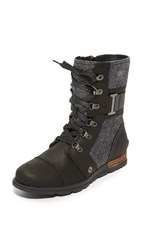 Sorel Major Carly Booties Black