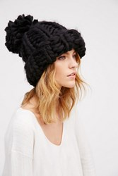 Free People Womens Bobbi Chunki Pom Beanie