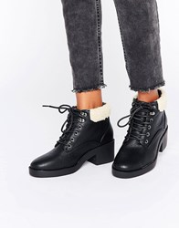 New Look Lace Up Work Boots With Borg Lining Black