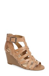 Jessica Simpson Women's Cloe Wedge Sandal Buff Leather