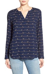 Women's Ace Delivery Graphic Popover Top Quail Birds