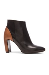 Maison Martin Margiela Maison Margiela Leather Ankle Booties In Black