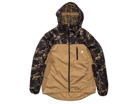 Undefeated O.P. Camo Run Shell Undefeated
