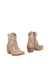 Keb Footwear Ankle Boots