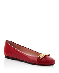 Moschino Cheap And Chic Moschino Cheap And Chic Logo Embellished Ballerina Flats Red