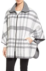 Via Spiga Women's Zip Front Plaid Cape