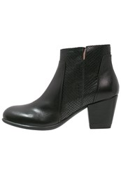 Stonefly Macy 4 Ankle Boots Black