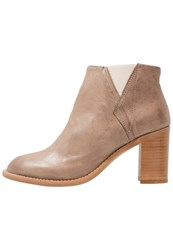 Sneaky Steve Leigthon Ankle Boots Taupe