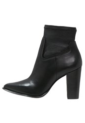 Rachel Zoe Bestie High Heeled Ankle Boots Black