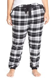 Plus Size Women's Make Model Flannel Jogger Pants Black Serena Plaid