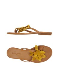 Inuovo Toe Strap Sandals Yellow