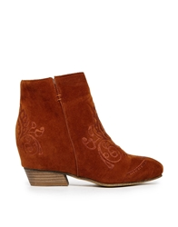 Blink Side Zip Detail Ankle Boots Brown