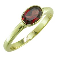 Ewa 9Ct Yellow Gold Oval Ring Garnet